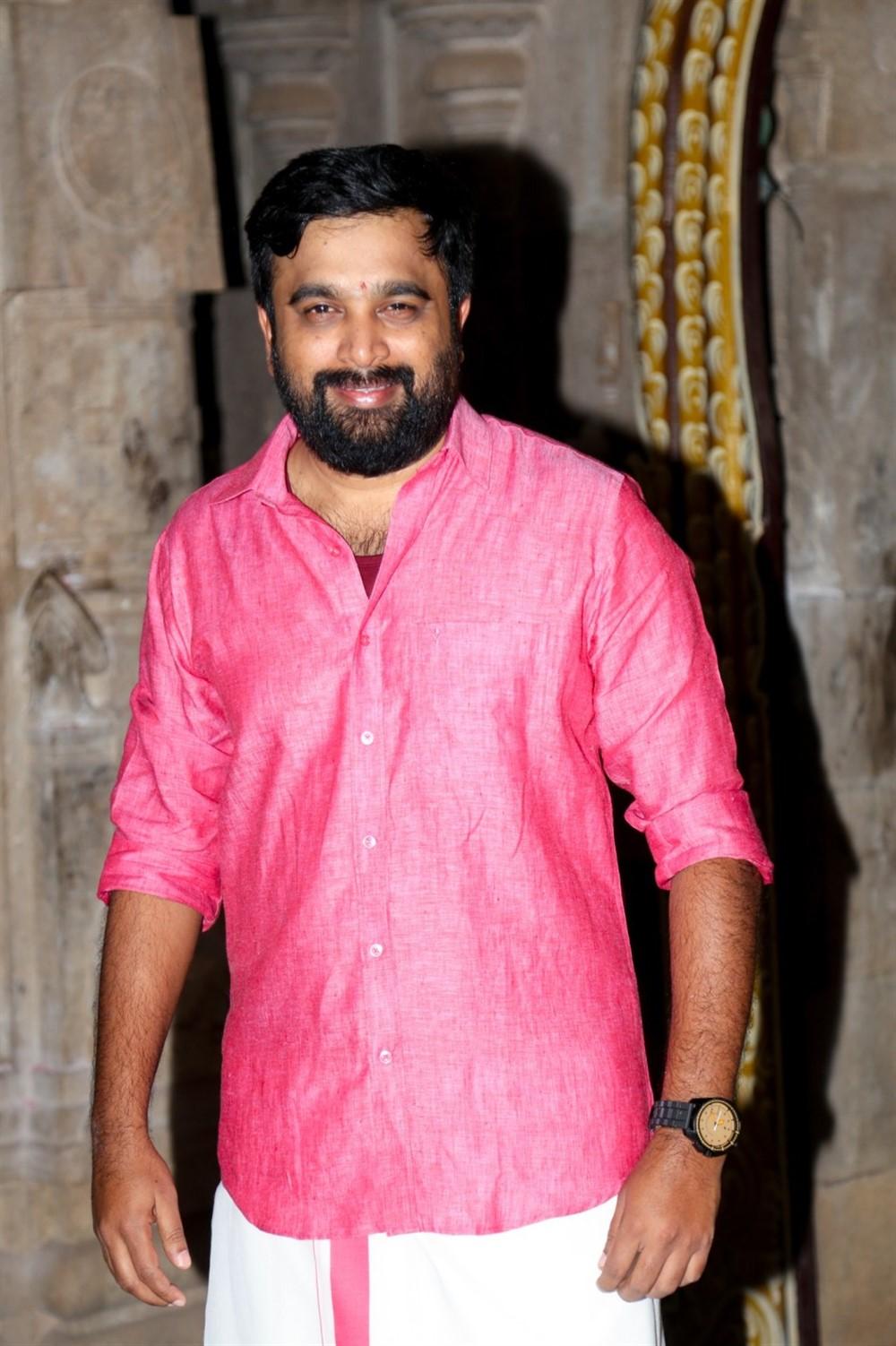 Sasikumar @ Kombu Vatcha Singamda Movie Pooja Stills