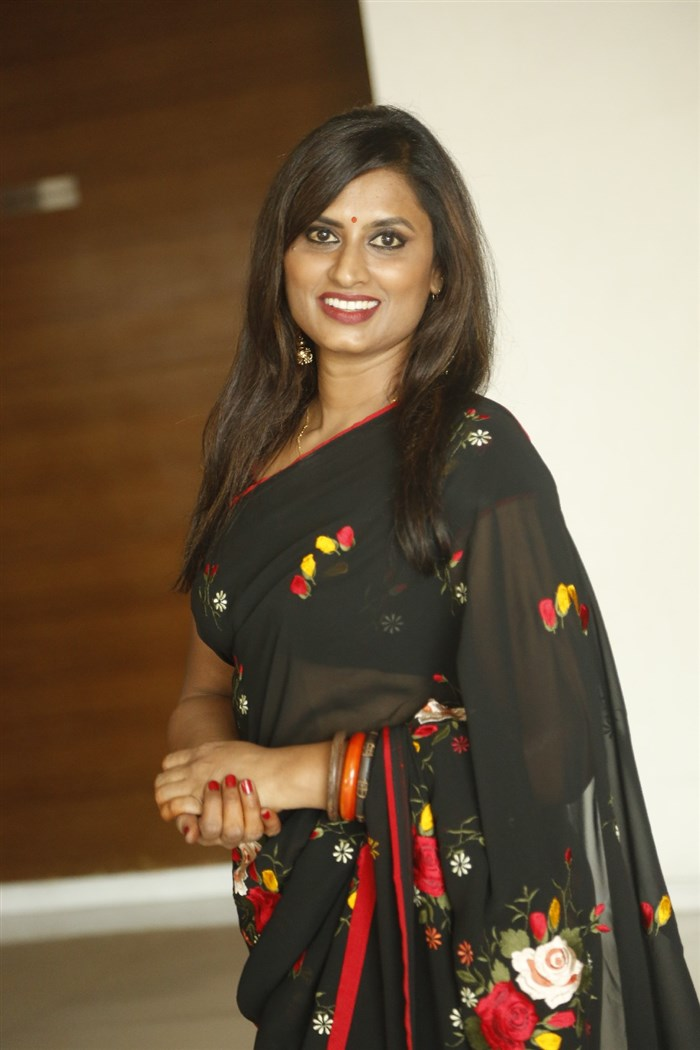 Telugu Singer Kousalya Black Saree Photos
