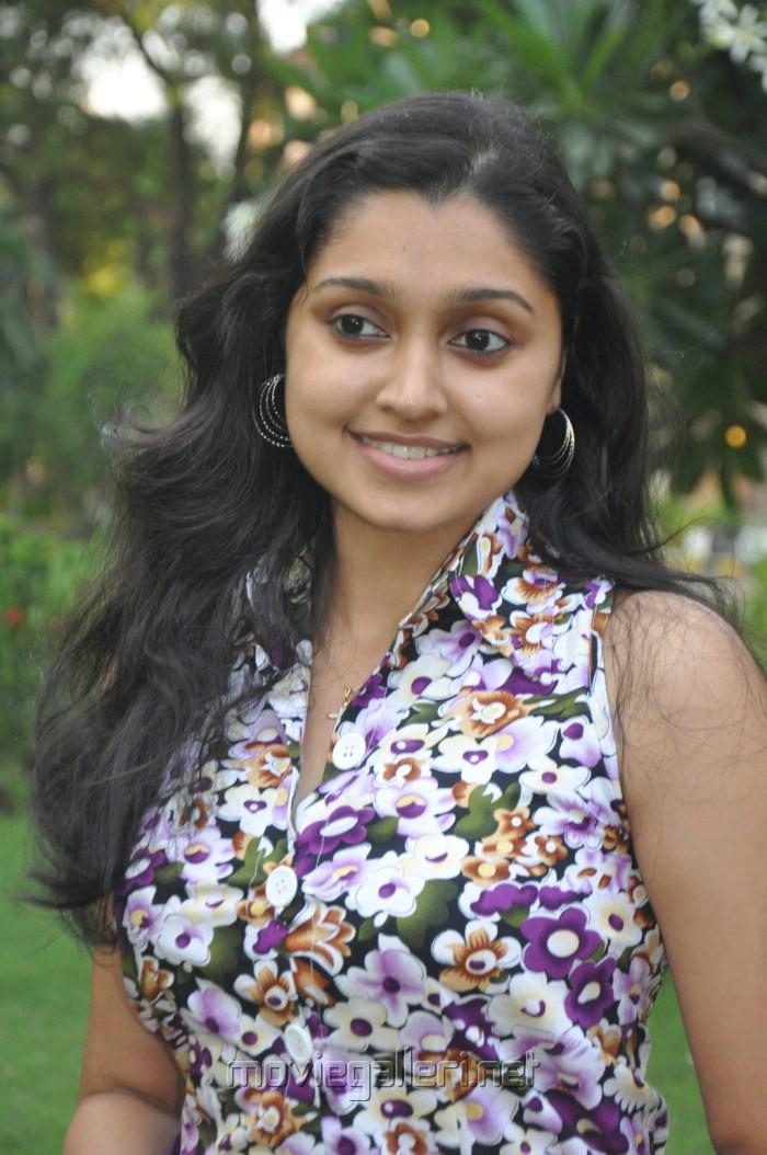 Actress Sreeja at Kozhi Koovuthu Movie Audio Launch Stills