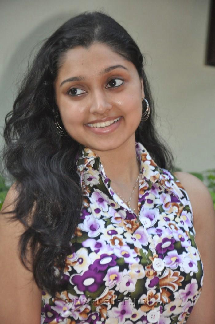 Actress Sreeja at Kozhi Koovuthu Audio Launch Stills