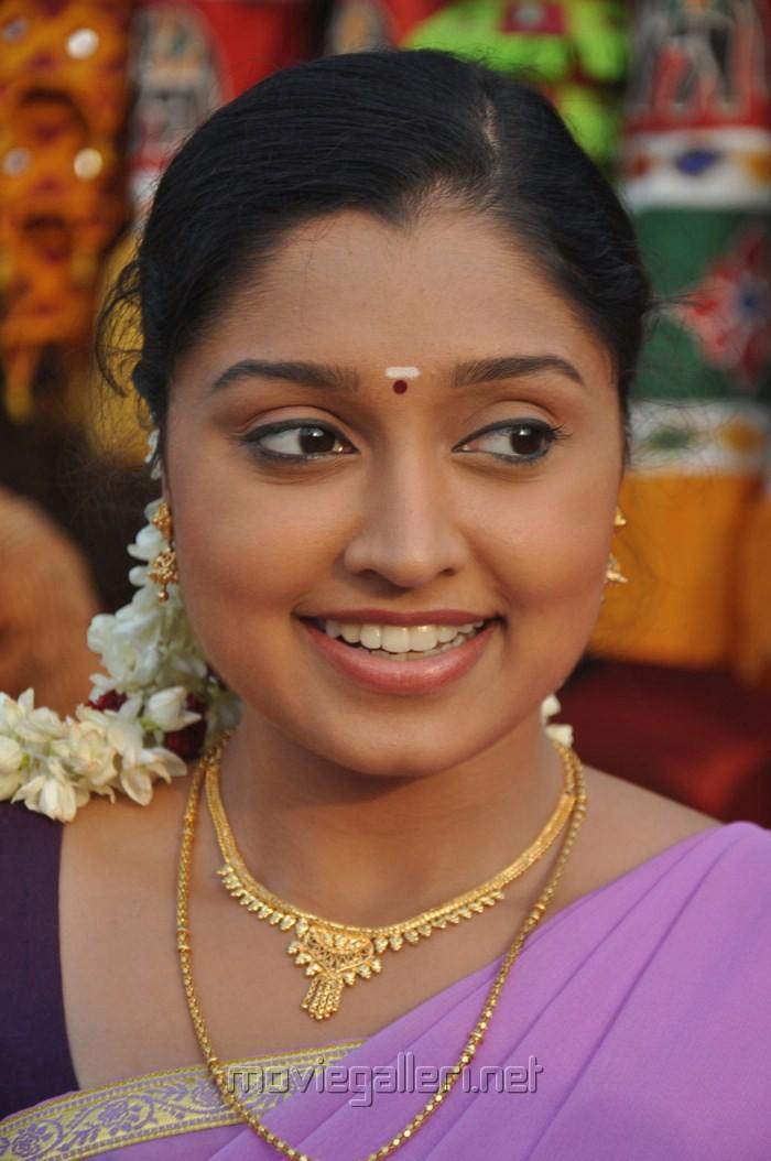 Download Tamil Mp3 Songs Kozhi Koovuthu