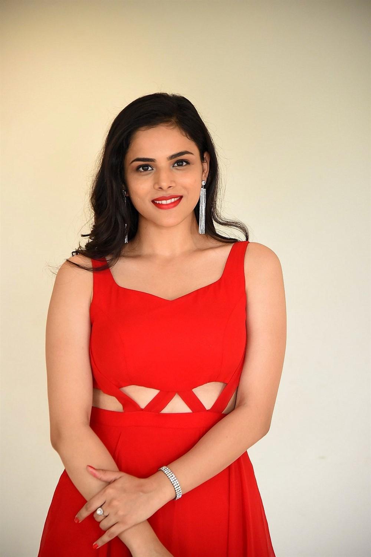 2 Hours Love Actress Kriti Garg Photos in Red Dress
