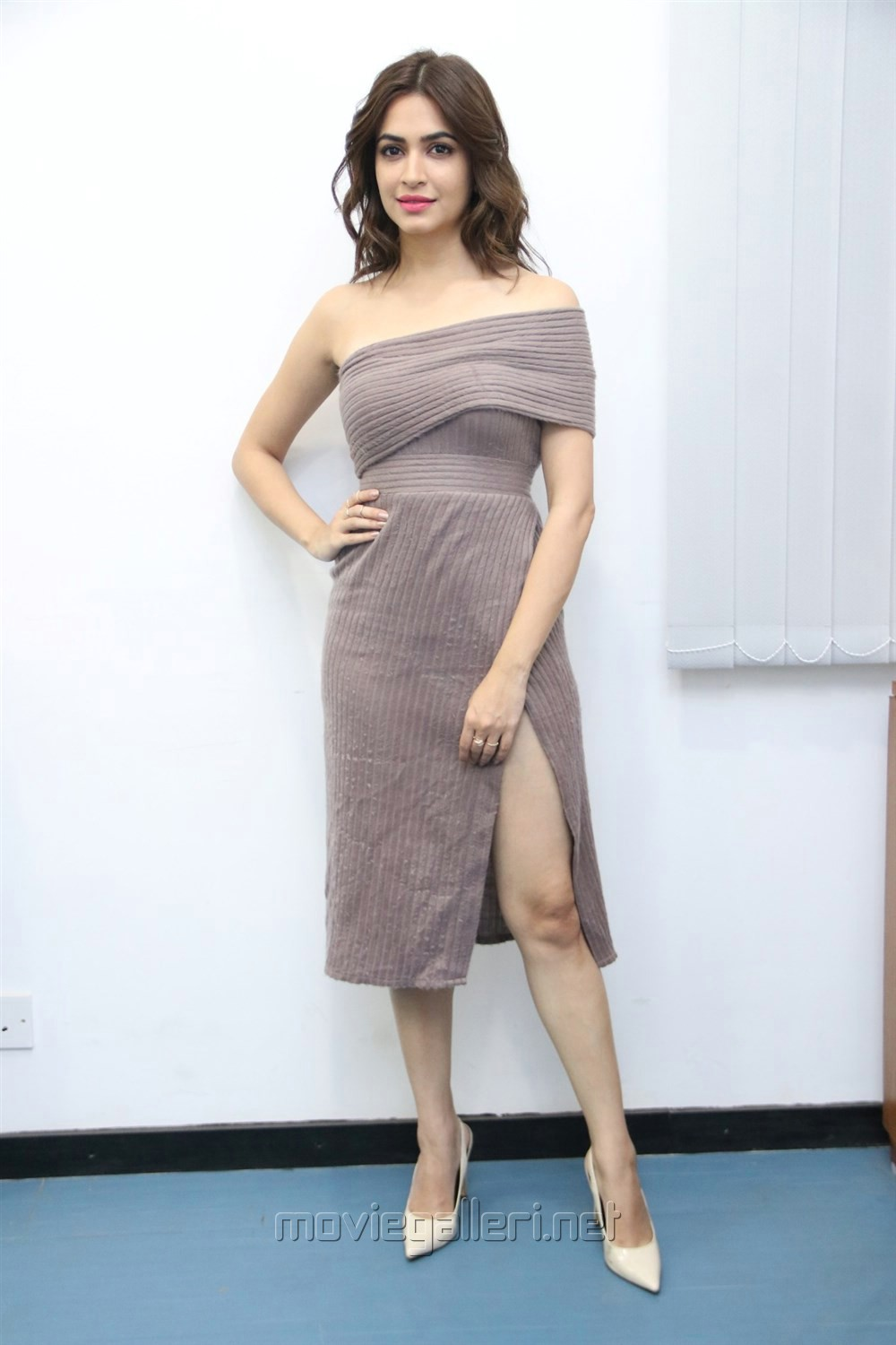 Actress Kriti Kharbanda New Pics @ Bruce Lee Press Meet