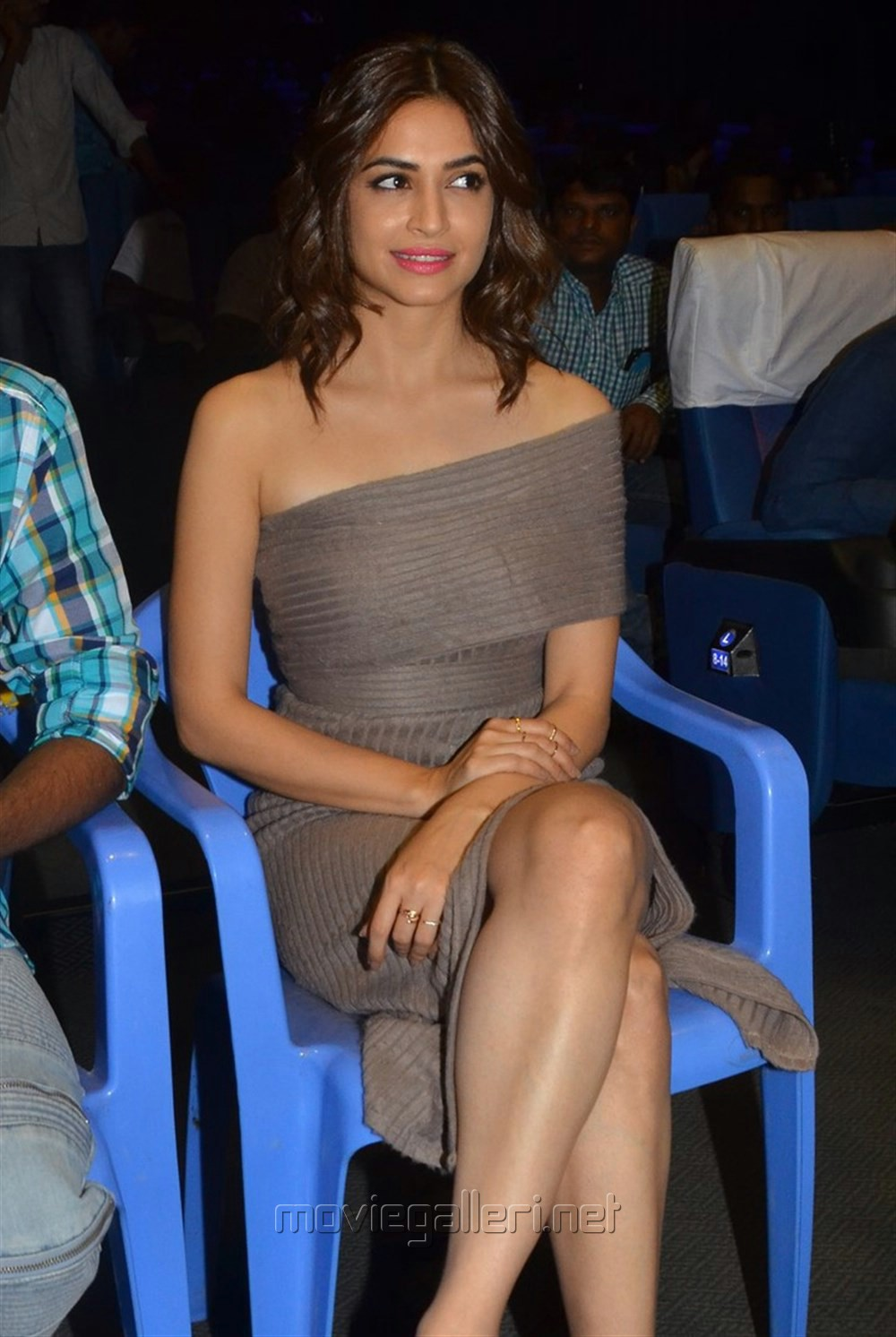Actress Kriti Kharbanda Hot Pics @ Bruce Lee Press Meet