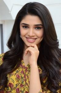 Uppena Movie Actress Kriti Shetty Press Meet Photos