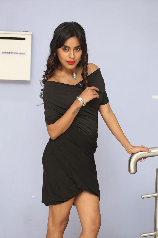 Actress Akshatha Madhav @ KS 100 Teaser Launch Photos
