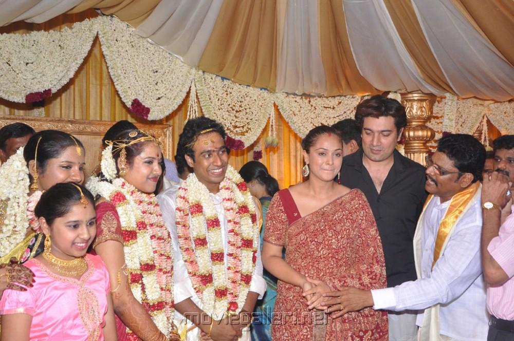 Vijay Sethupathi (aka) Vijay Sethupathy photos stills & images