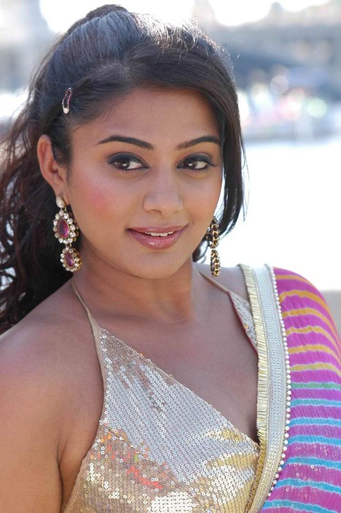 picture 92382 kshetram priyamani hot pics new movie