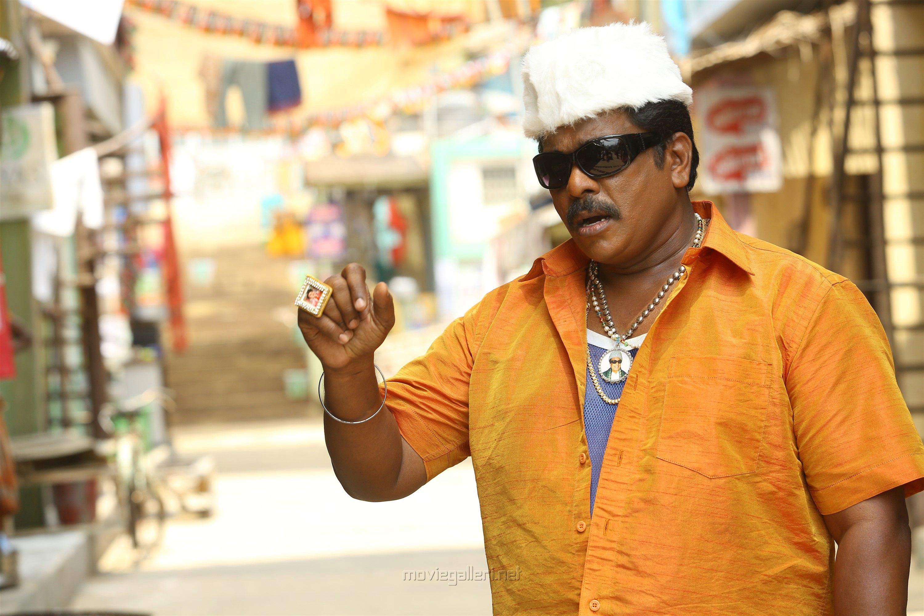 R Parthiban in Kuppathu Raja Movie Stills HD