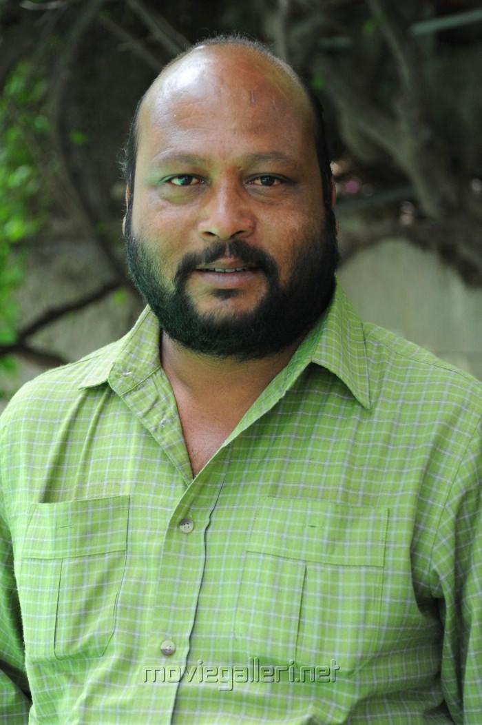 Actor Fish Venkat at Varun Sandesh Haripriya New Movie Opening Stills