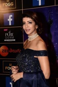 Lakshmi Manchu New Photos @ Zee Apsara Awards 2018 Pink Carpet