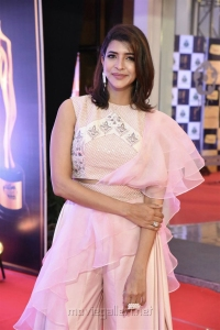 Actress Lakshmi Manchu Pics @ Mirchi Music Awards South 2018