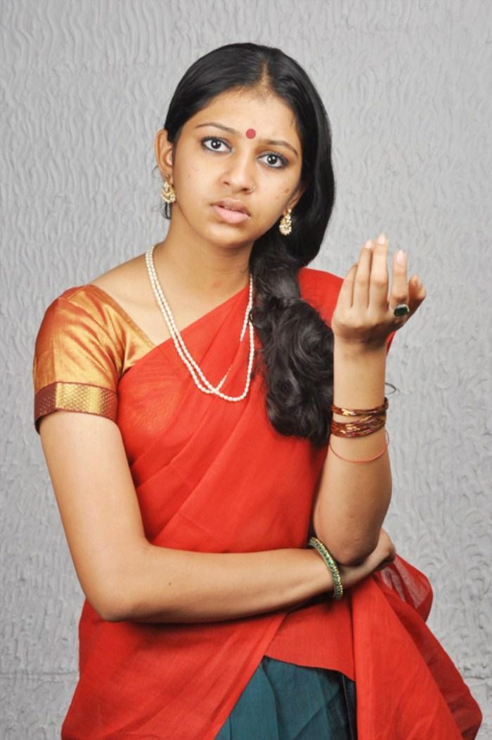 Mahalakshmi picture gallery ~ Stills Bay - Movie Actor