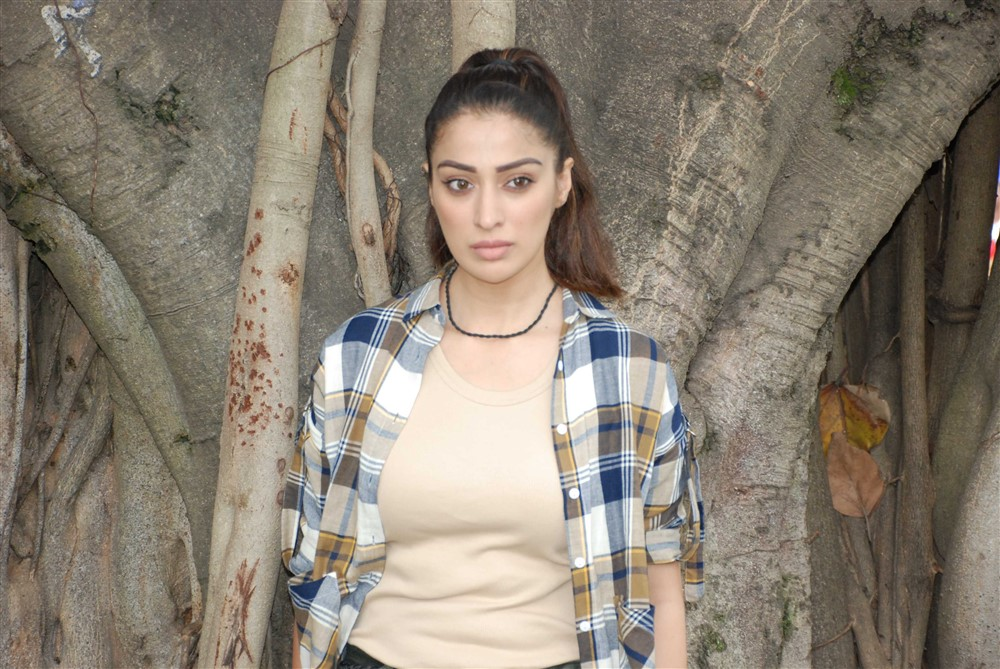Actress Lakshmi Rai Latest Pics