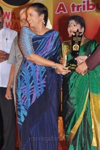 Lakshmi Ramakrishnan at Screen Moon Awards Stills