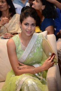 Actress Lavanya Tripathi in Yellow Green Saree Hot Photos