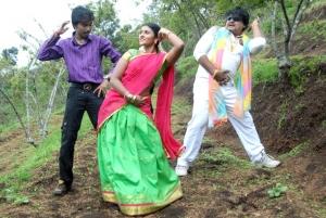 Praveen, Anjana in Lollu Dada Parak Parak New Stills