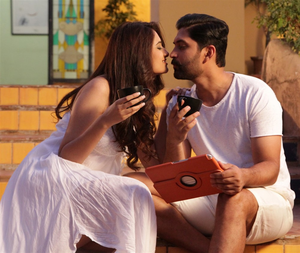 Mohini, Aravind in Love 20-20 Movie Stills