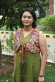 Mayuri Sekar at Maalai Pozhuthin Mayakathile Press Show Stills