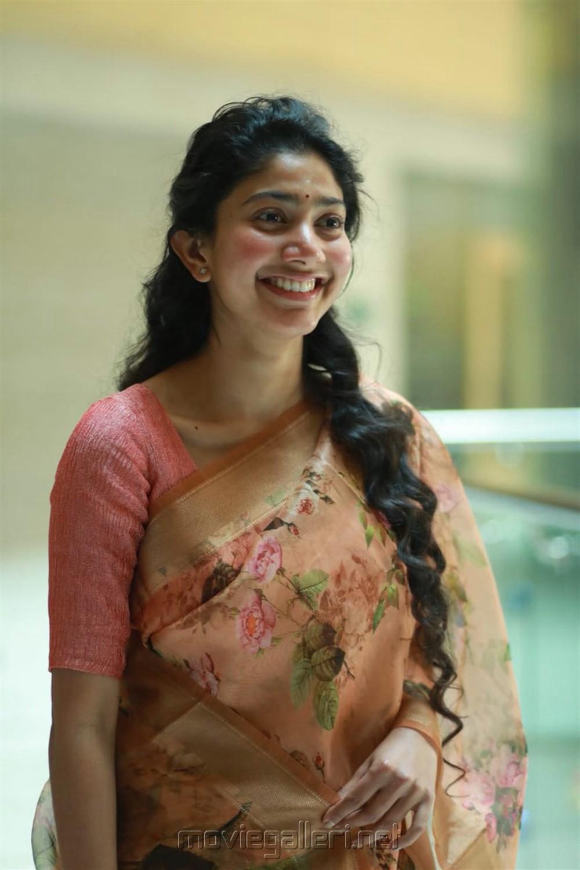 Sai Pallavi @ Maari 2 Press Meet Stills