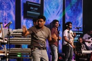 Harris Jayaraj at Maatraan Movie Audio Launch Dance Practice Stills