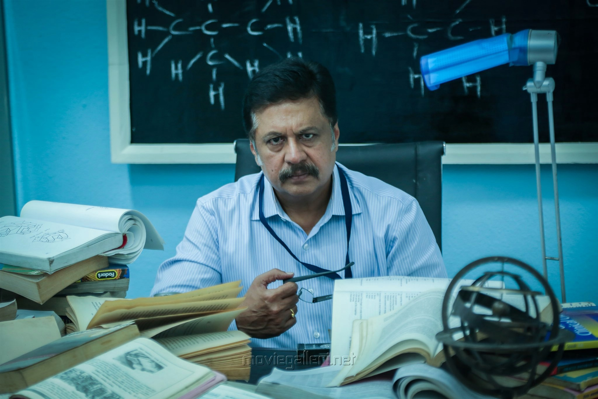 Actor Jayaprakash in Maayavan Movie Stills