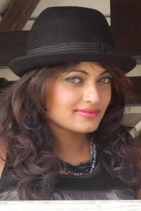 Sneha Ullal @ Madatha Kaja Stills