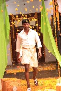 Actor Vishal in Madha Gaja Raja Telugu Movie Stills