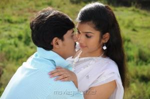 Ashwin, Neeraja in Madhavanum Malarvizhiyum Movie Stills
