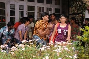 Ashwin, Neeraja in Madhavanum Malarvizhiyum Tamil Movie Stills