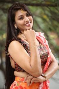 Actress Madhavi Pictures @ King of Golkonda Movie Press Meet