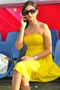 Madhu Shalini Latest Hot Images Photos