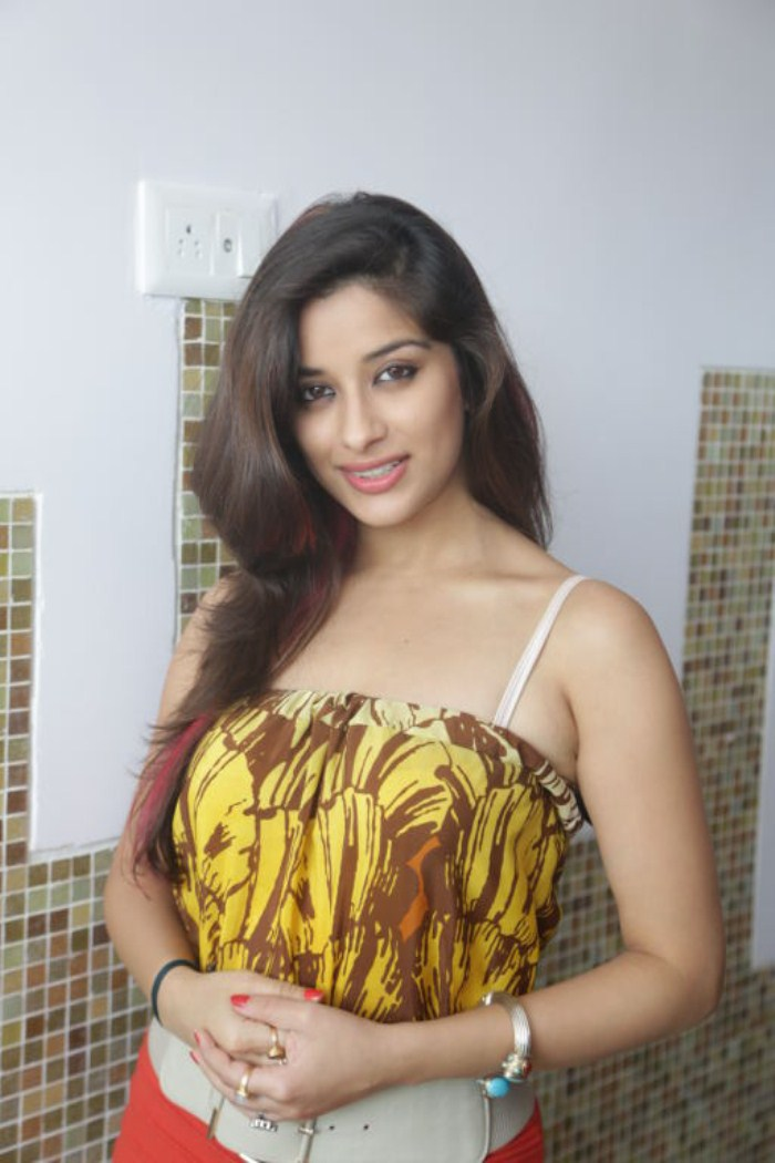 madhurima banerjee in red saree wwwpixsharkcom