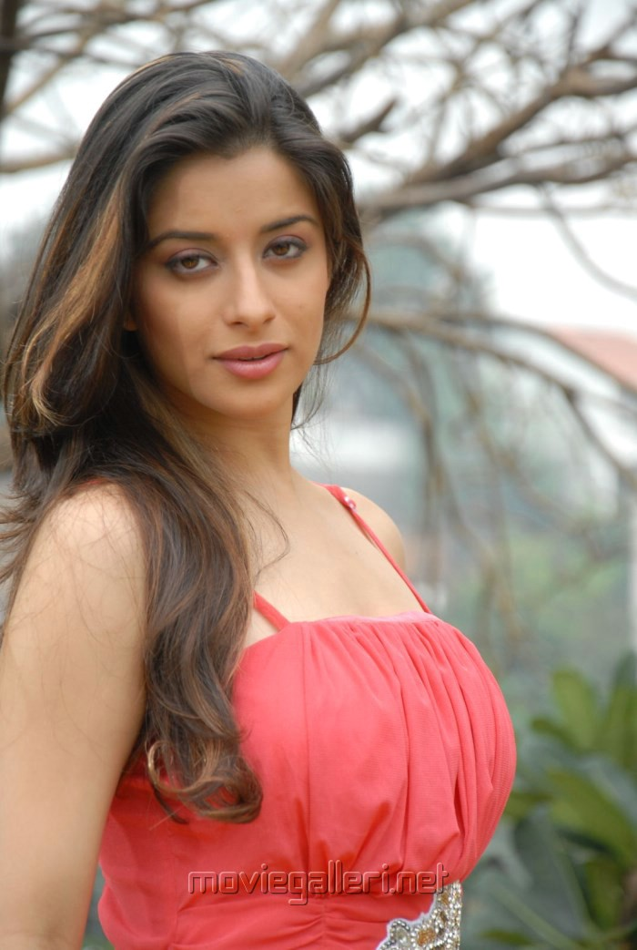 actress madhurima image search results