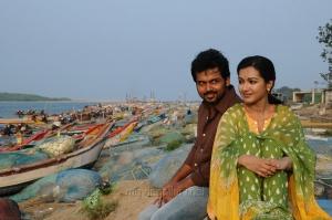 Karthi, Catherine Tresa in Madras Movie First Look Images