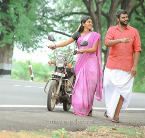 Meenakshi, Shanmuga Pandian in Madurai Veeran Movie Stills HD