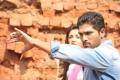 Allu Arjun, Kajal Agarwal in Magadheera Tamil Movie Stills