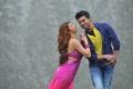 Shruti Hassan, Ram Charan in Magadheera Tamil Movie Stills
