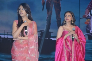 Anu Emmanuel, Aditi Rao Hydari @ Maha Samudram Pre Release Event Stills