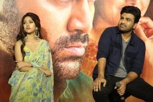 Anu Emmanuel, Sharwanand @ Maha Samudram Trailer Launch Stills