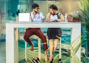Sharwanand, Mehrene Kaur Pirzada in Mahanubhavudu Movie Stills