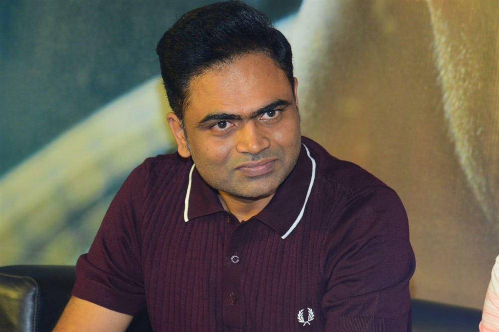 Director Vamsi Paidipally @ Maharshi 175 Crores Collections Press Meet Stills
