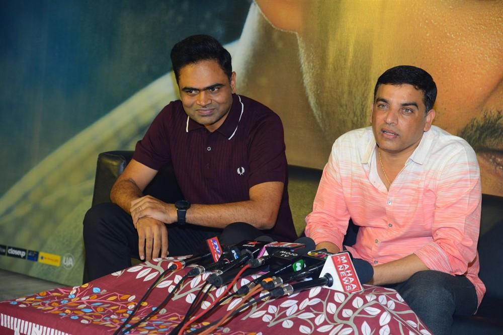 Vamsi Paidipally & Dil Raju @ Maharshi 175 Crores Collections Press Meet Stills