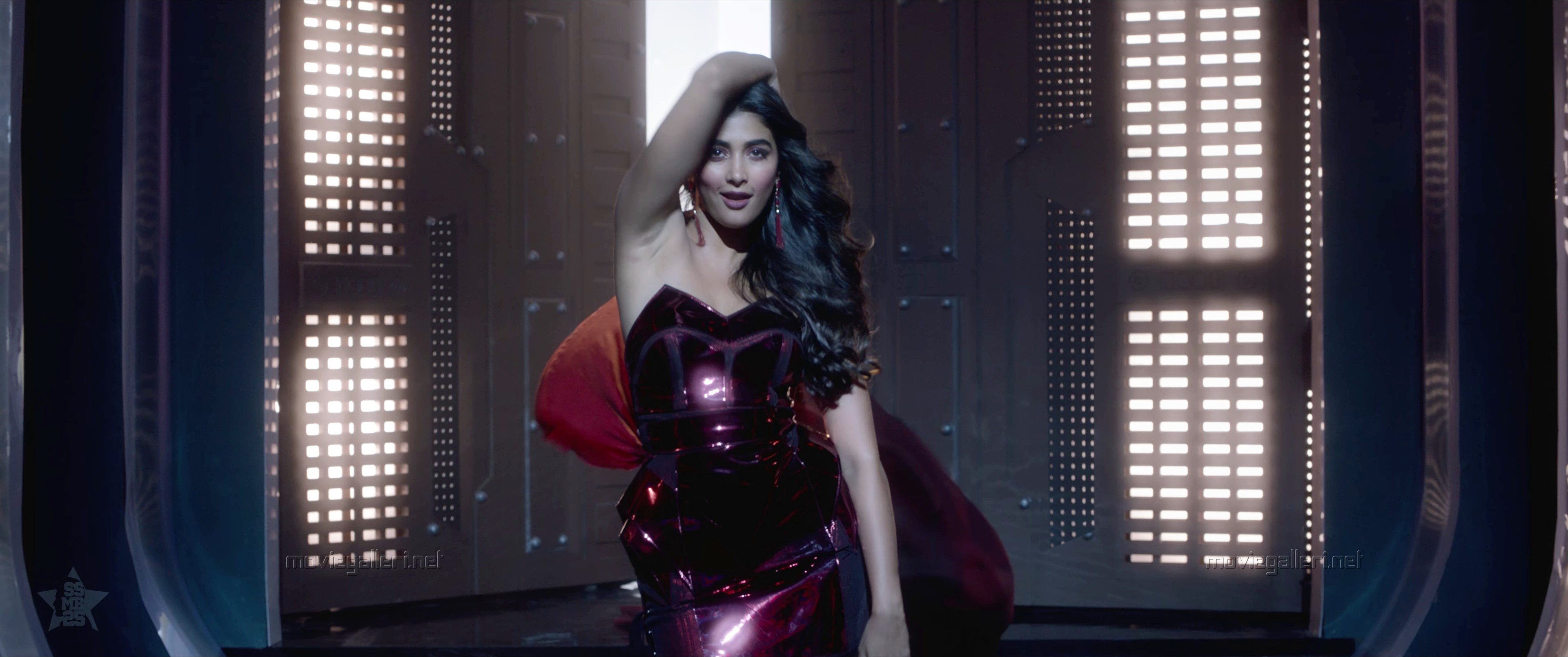 Actress Pooja Hegde in Maharshi Movie Images HD