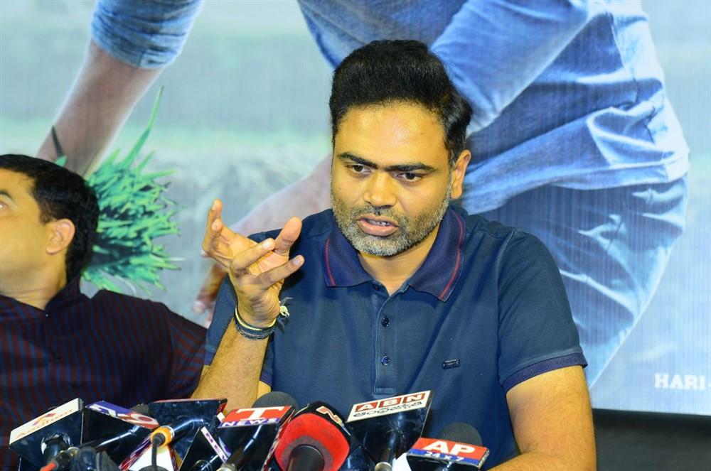 Director Vamsi Paidipally @ Maharshi Movie Success Celebrations Stills