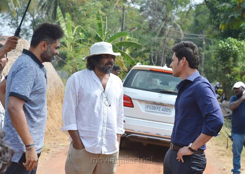 Vamsi Paidipally, KU Mohanan, Mahesh Babu @ Maharshi Movie Working Stills