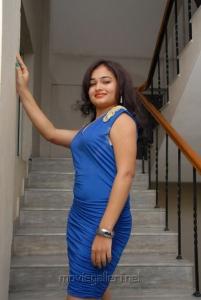 Telugu Actress Maithili Hot Photoshoot Pics