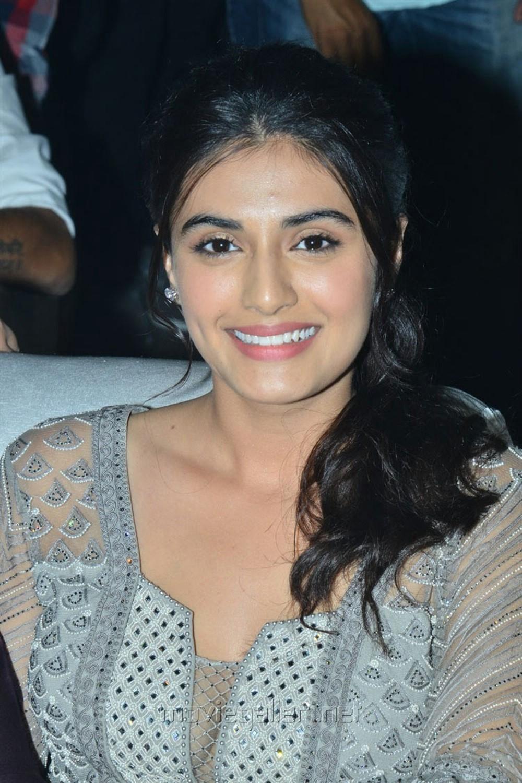 Actress Divyansha Kaushik @ Majili Movie Pre Release Event Stills