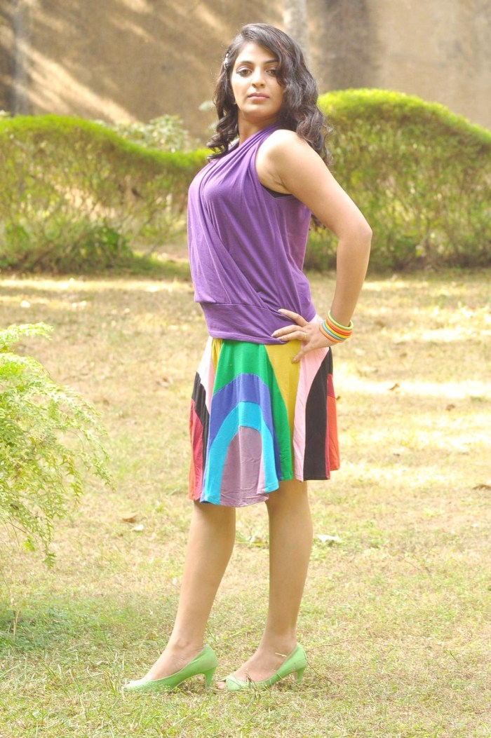 New malayalam actress mythili photos stills