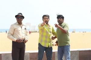 Vaibhav Reddy, Karunakaran in Malaysia to Amnesia Movie Images